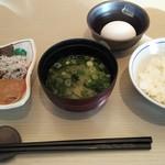 63519026 - 和食の鯵のなめろうといかの塩辛は旨いです