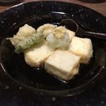 そば岡部 - 湯葉と豆腐の揚げ出し。