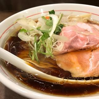 八咫烏 - 料理写真:特撰ラー麺 黒1,000円
