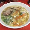 おばちゃんとこ - 料理写真:ラーメン 550円