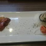 PIZZA & OYSTER & BAR DROP - 牡蠣と鴨の燻製