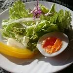 カフェ 閑居 - サラダ