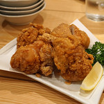 鼓次郎 - 鶏の唐揚げ