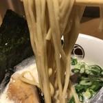 無垢 ツヴァイテ - 【2017.2.28】加水率やや高めのストレート中太麵。