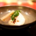 にくの匠 三芳 - お椀 筍と三島独活と河豚白子