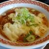 紅虎厨房 - 料理写真:えびワンタン麺