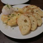 AURELIO - 名物!陽気なポテトサラダ1