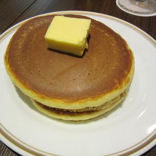 シビタス - 料理写真:スタンダードホットケーキ 530円+Tax