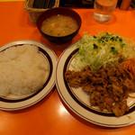"""キッチンABC - 焼肉 """"元祖""""ポークたれ焼680円"""