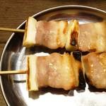 筑前屋 - やきとん(豚バラ)