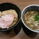 63670686 - 味玉極濃煮干しつけ麺930円