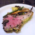 コントワール15 - 料理写真:仔羊背肉のココット鍋ロースト マスタード香草風味