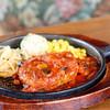 ダフネコーヒー館 - 料理写真:トマトソースのハンバーグ