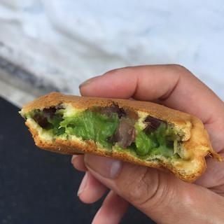 谷口今川焼店 - 料理写真:抹茶クリーム&粒餡