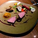 エ・オ ベルナール・ロワゾー・スィニャテュール - 子羊のロースト   柔らかくて野菜もすっごい美味しい❤