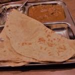 カフェと印度家庭料理 レカ - チャパティ