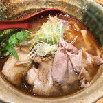 焼きあご塩らー麺 たかはし - 焼きあご塩らー麺(800円)