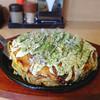 ももちゃん - 料理写真:牛ホルモンモダン焼(そば)