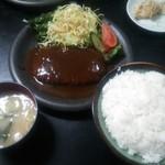 竹春 - 料理写真:でっけぇ~ハンバーグ定食 ご飯大盛り 税込990円