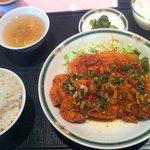 志苑 - 日替りランチ:若鶏のサクサク揚げ 油淋ソース