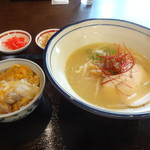 フーミン - 鶏白湯ラーメンとミニ親子丼