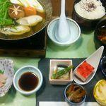 63839550 - おすすめ冬ランチ1,500円(税込)小鉢五種盛り、三重浦村産の牡蠣、はまち刺身、青さの赤だし等々