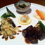 膳 - 肉と魚のメインが週替わりの「ウィークリーランチ」…980円