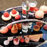 アトリウムラウンジ - 苺のお茶会StrawberryHighTea