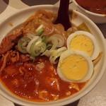 蒙古タンメン中本 - 半蒙古丼。半でも十分な量です♪