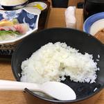 お食事処 磯の坊 - ご飯はおひつできます❗️食べ放題❗️