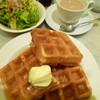 ノア カフェ - 料理写真:ワッフルモーニング 604円(税込)