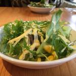 iL PRIMO - サラダのドレッシングはコーン味… マヨとホールコーン缶詰めのスープ混ぜた感じの味