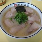 岡本中華 - 中華そば 肉入り 小