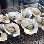 旬味 かきの里 - 焼き牡蠣
