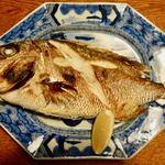 民宿 かいとく丸 - 真鯛塩焼き