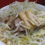ラーメン二郎 - 小豚(700円)