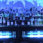 Up's Bar - ボトル棚