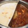火鍋 趙楊 - 料理写真:2017.3 火鍋のスープ(白湯と麻辣)