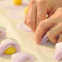 季節と伝統を形づくるお菓子づくり