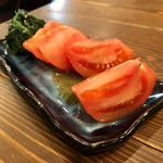 焼肉 まるえん - トマトサラダ