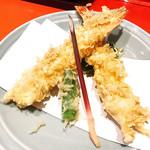 上野藪そば - 天ぷらも美味い!!d(^_^o)
