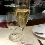 ル・ジャルダン・デ・サヴール - シャンパン:1,800円