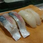 魚がし寿司 - とろさば&ひらめ