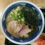 豪快豚骨ゴートン - 醤油ラーメン海老出汁