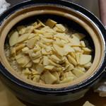 64111315 - タケノコご飯