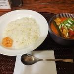 パンチマハル - 鶏もも肉とキャベツのサラサラチキンカレー\900(17-03)
