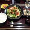 古賀サービスエリア上り線・那の里 - 料理写真:みつせ鶏の竜田揚げ御膳 ~彩りサラダ仕立て~
