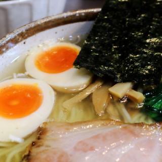 麺屋才蔵 - 料理写真:鶏味玉しお