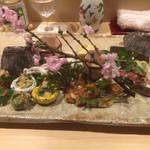 64135224 - [八寸]                       もろこ、白魚と菜の花の芥子和え、蛍烏賊、浅利のぬた、蕗の薹の天ぷら、鮒寿司、穴子、雉と芹のお浸し、庄内麩のチーズサンド、飯蛸足煮、玉子カステラ