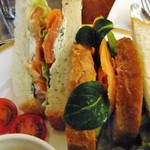 トリコロール - サンドイッチアップ